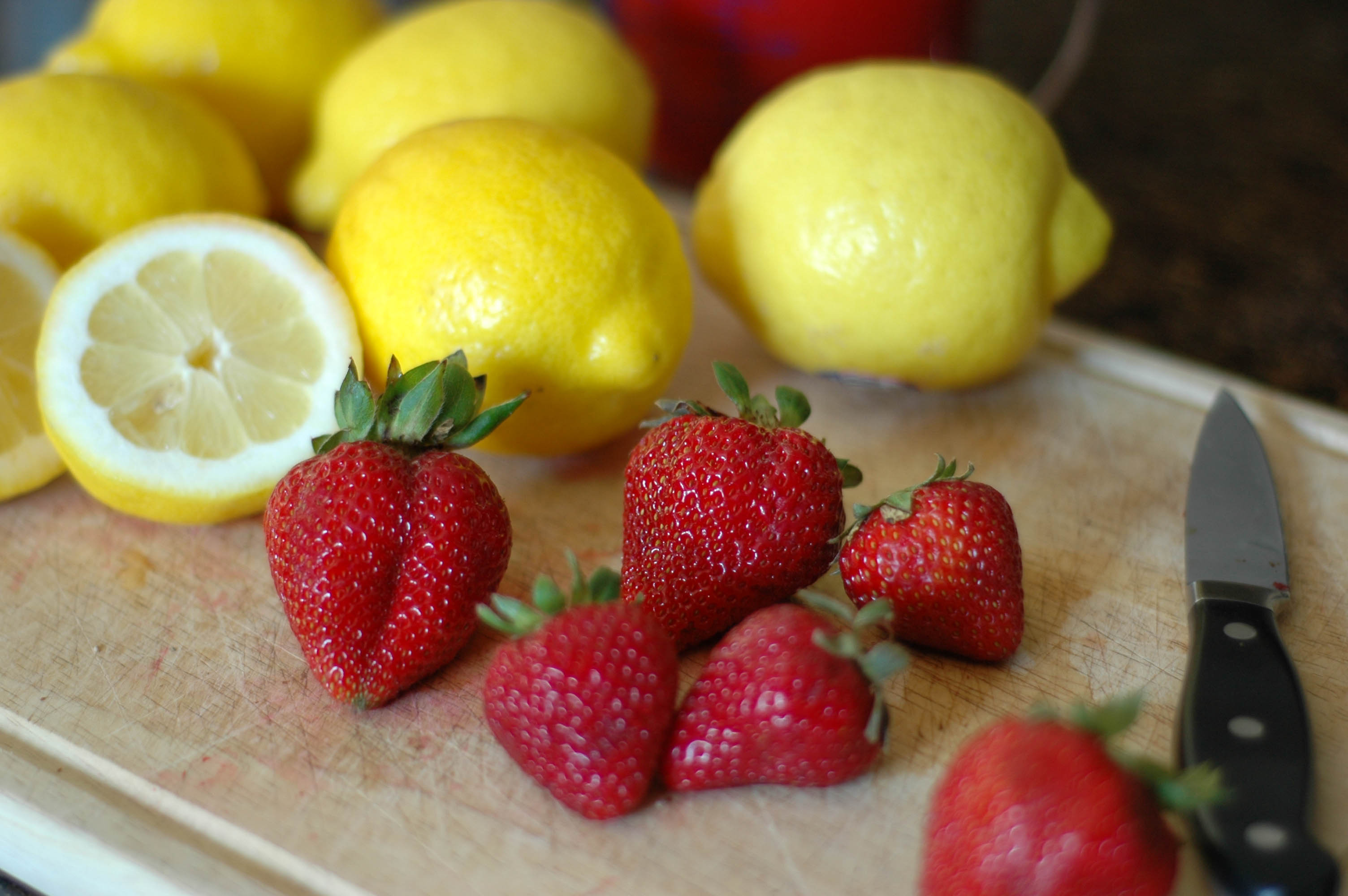 Image Gallery strawberry lemon