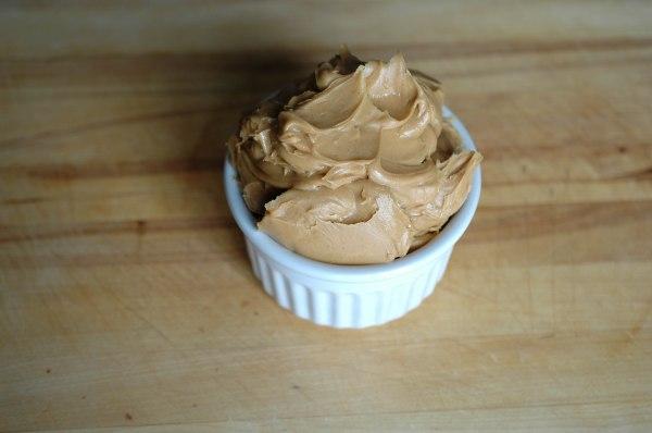 Peanut Butter Crispy Truffles (1 of 1)