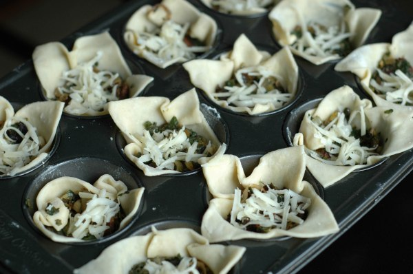 Onion Spinach and Gruyere Tarts (1 of 1)-6