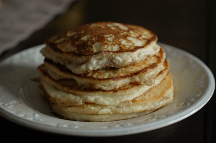 Light and Fluffy Ricotta Pancakes6 (1 of 1)