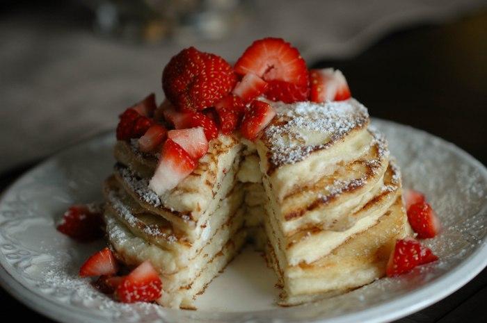 Light anf Fluffy Ricotta Pancakes (1 of 1)-4