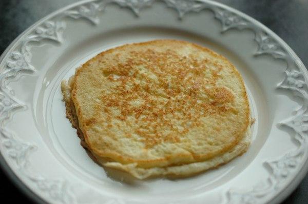 Light anf Fluffy Ricotta Pancakes (1 of 1)