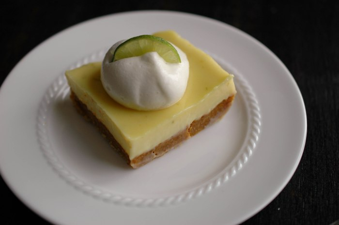 Key Lime Pie Bars-7