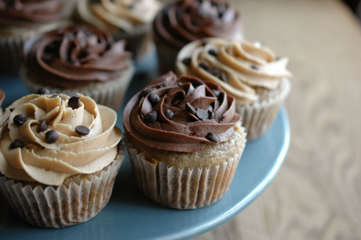 Banana Chocolate Chip Cupcakes with Peanut Butter or Chocolate Frosting-7
