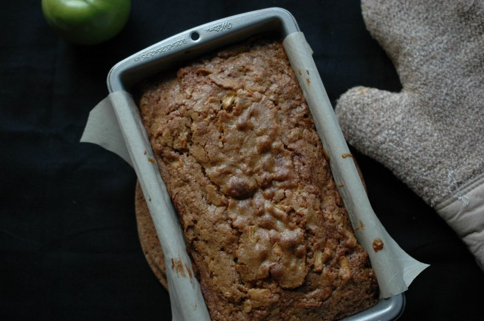 Butterscoth Apple Loaf-6