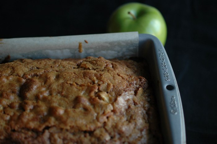 Butterscoth Apple Loaf-9
