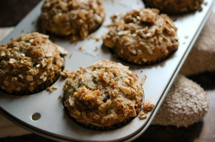 Cranapple Streusel Muffins-4