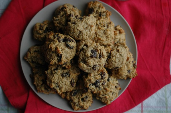 Peanut Butter Banana Oatmeal Raisins Cookies-7