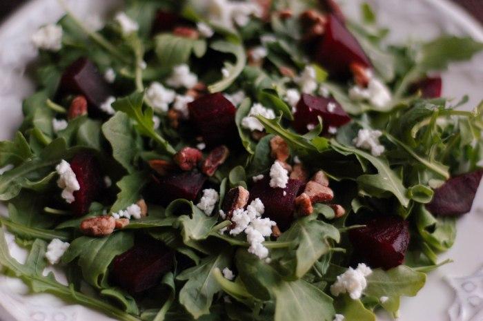 beet arugala goat cheese salad-4
