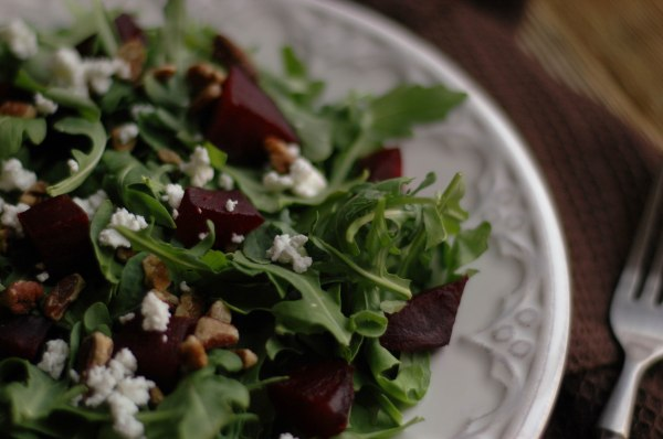 beet arugala goat cheese salad-6