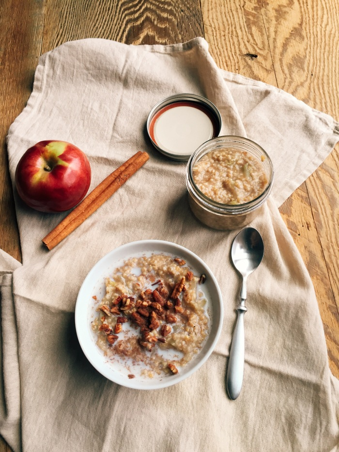 apple cinnamon steel cut oats.JPG